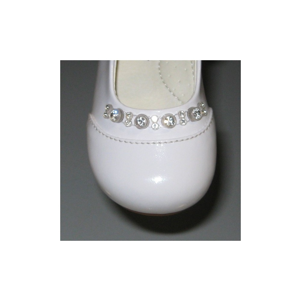 gt; Girls Fashion > Baby Girl Shoes > Diamond White Baby Girls Shoes